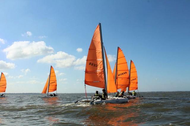 Katamaran, windsurfen, windfoil