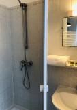 hote-restaurant-villa-rose-marie-sat-brevin-tourisme-salle-de-bain-3819
