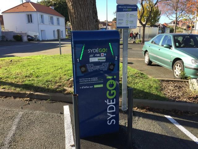 borne-de-recharge-voiture-st-brevin-2-2054