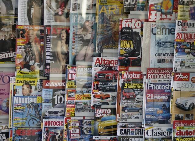 magazines-609359-1920-334