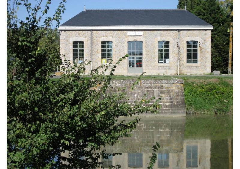 canal-de-la-martiniere-4-machinerie-des-champs-neufs-2117