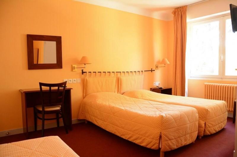 hotel-le-petit-trianon-saint-brevin-1
