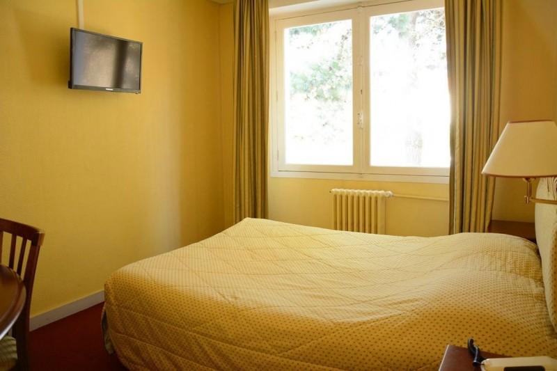 hotel-le-petit-trianon-saint-brevin