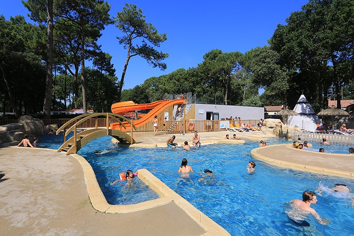 location-les-rochelets-salle-6-2730