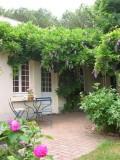 800x600-jardin-entree-gite-bleuet-2006-272-12200