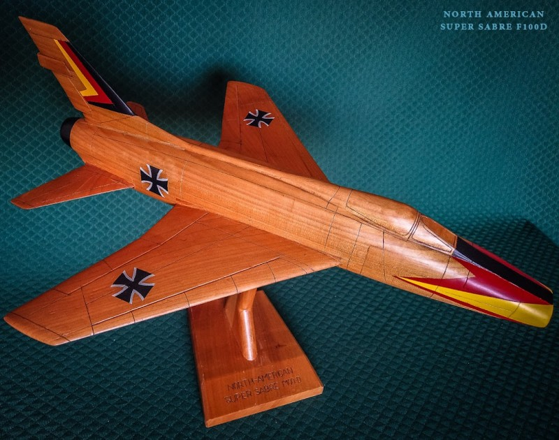 avions-north-american-super-sabre-f100-d-13621