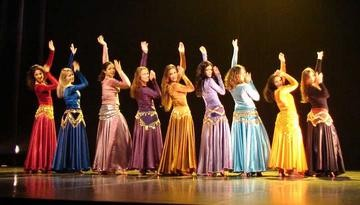 spectacle-de-danse-orientale-large-923