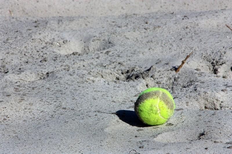 tennis-beach-10002